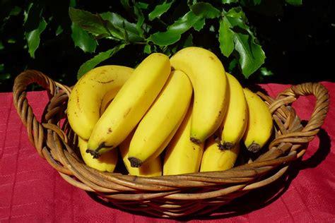 Banana   Cavendish 1k   DEOSA Wholefoods