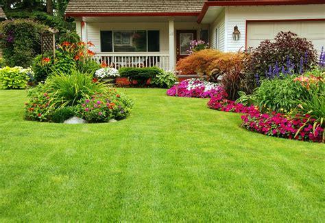 Banco de Imágenes: Ideas para decorar su jardín con ...