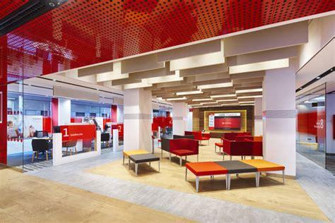 Banco Santander ampliará el número de oficinas  Smart Red ...