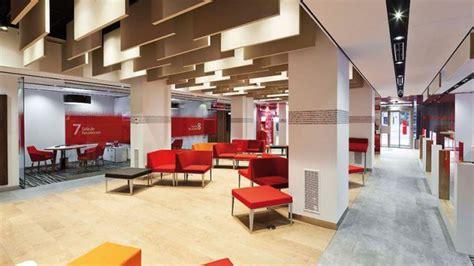 Banco Santander cierra 480 oficinas mientras implanta su ...