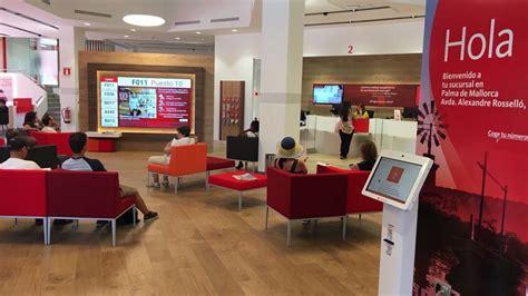Banco Santander presenta su oficina Smart Red en Palma de ...