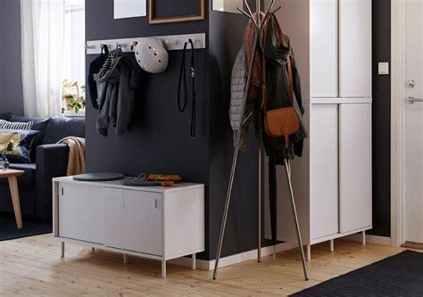 Banco zapatero IKEA: un mueble muy práctico para el recibidor