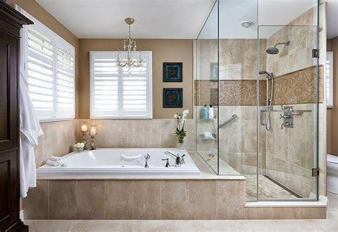Baño con ducha y bañera | Bathroom remodel designs ...