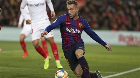 Barça midfielder Arthur Melo ruled out for up to four weeks