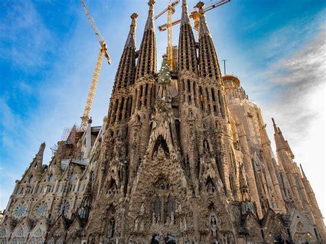 Barcelona 4 seasons sagrada familia SHIKAKUTORU.INFO