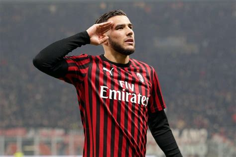 Barcelona among clubs interested in Milan defender Theo ...