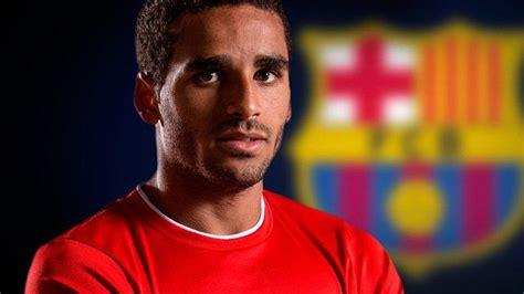 Barcelona set to sign Sao Paulo defender Douglas Pereira ...
