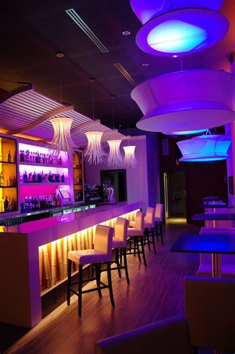 bares modernos   Buscar con Google  con imágenes  | Barra ...