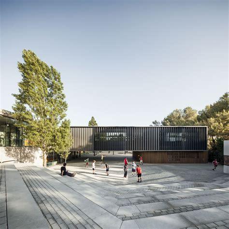 Batlle i Roig Arquitectes > Ampliación de la Escuela Thau ...