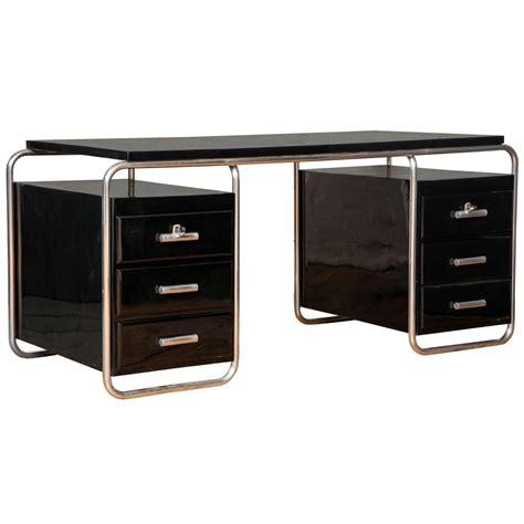 Bauhaus Desk | 1stdibs.com | Bauhaus furniture, Modernist ...