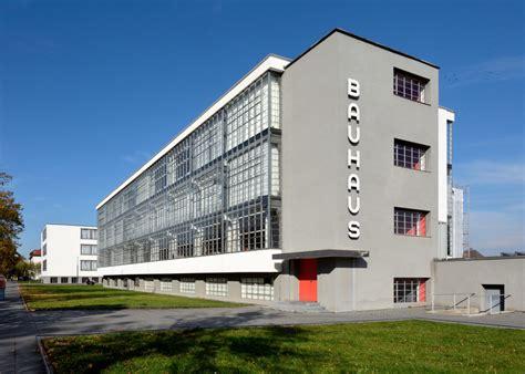 Bauhaus Dessau   PANORAMASTREETLINE