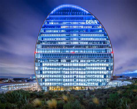 BBVA Headquarters / Herzog & de Meuron | ArchDaily