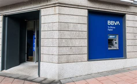 BBVA reabre 250 oficinas en España, hasta alcanzar el 55% ...