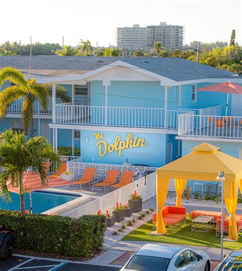 Beachfront Hotels St Petersburg FL   St Pete Beach Suites ...