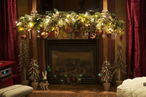 Beautiful Ideas For Christmas Fireplaces Decor   Elly s ...