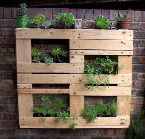 Beautiful Pallet Vertical Planter Ideas | Pallets Designs