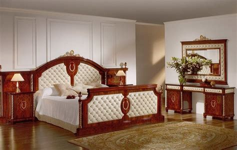 » Bedroom Capitone in Spanish StyleTop and Best Italian ...