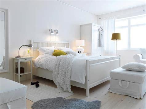bedroom | Muebles de dormitorio modernos, Banco blanco ...