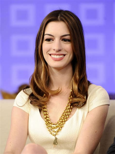 Being Glamorous: Anne Hathaway   Today Show
