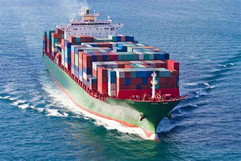 Benefits of Tracking Shipping Containers   Sigfox