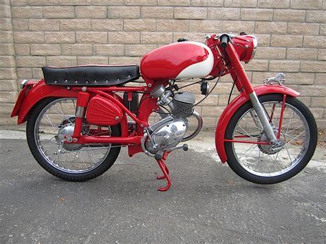 BENELLI 125 LEONCINO moto d epoca anni 50 e 60