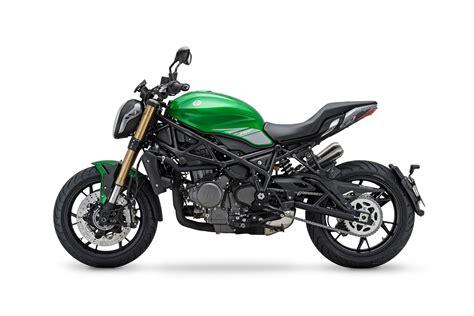 Benelli 752S   Moto   Naked   Andar de Moto