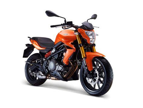 Benelli BN 302 2016   Galerie moto   MOTOPLANETE