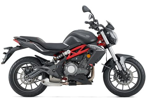 Benelli BN 302 ABS   Motos RapidBike