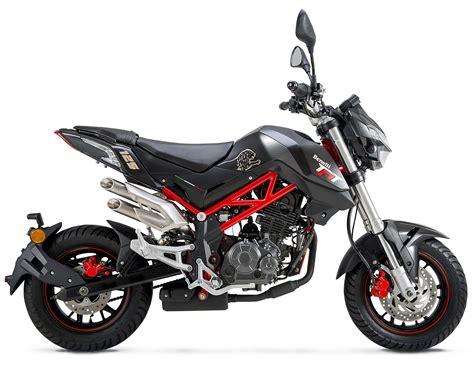 Benelli TNT 125 | Moto | Naked   Andar de Moto