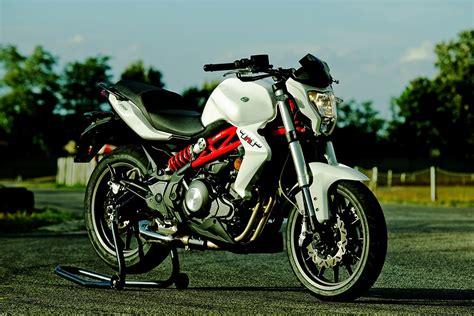 BENELLI TNT 300   2016   autoevolution