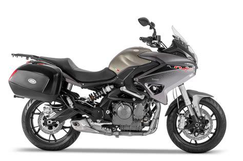 Benelli TNT 600 GT   Comprar en Moto Delta