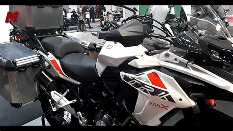 Benelli TRK 502 X 2019   Walk around   Vive la Moto 2019 ...