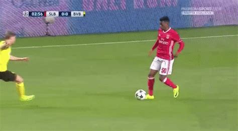Benfica s Nelson Semedo Is Smart, Aggressive and Perfect ...