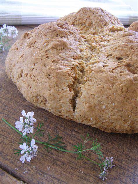 besos de canela y menta: Pan de bicarbonato de espelta
