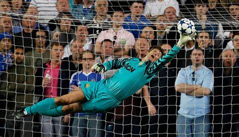 Best Goalkeeper Saves Ever  +playlist    Soccer goalie ...