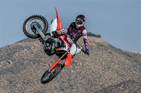 Best motocross bikes for beginners and kids – Red Bull