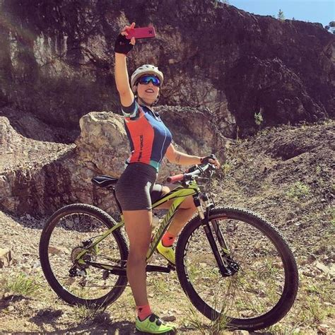 Best Mountain Bikes For Women In 2020: Recommended By ...