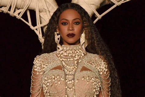 Beyoncé lança nova música de surpresa; ouça Black Parade