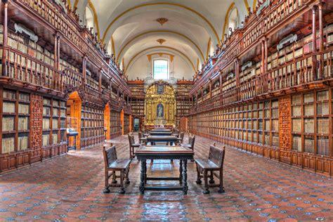 Biblioteca Palafoxiana   Wikipedia