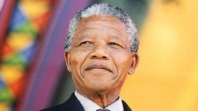 Biografia de Nelson Mandela. Um grande homem.