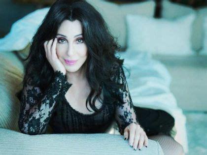 Biografía RESUMIDA de Cher   ¡Descubre su VIDA!