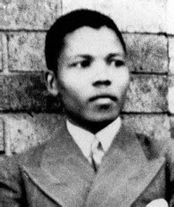 Biography Nelson Mandela   Biography Online