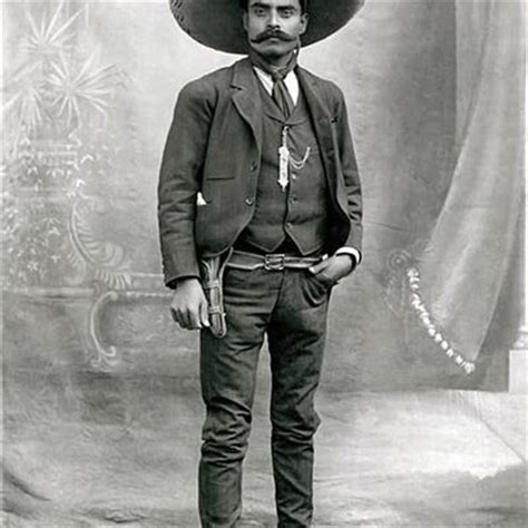 Biography of Pancho Villa    The Centaur of the North
