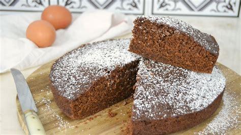 Bizcocho de chocolate al microondas. Fácil, tierno y ...