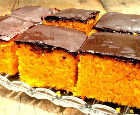 Bizcocho de Zanahoria con cobertura de chocolate by ...