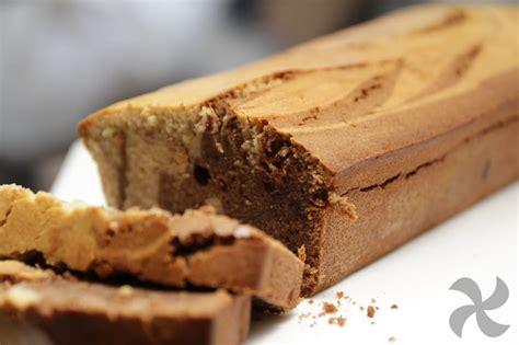 Bizcocho fit de chocolate negro y mantequilla de cacahuete ...