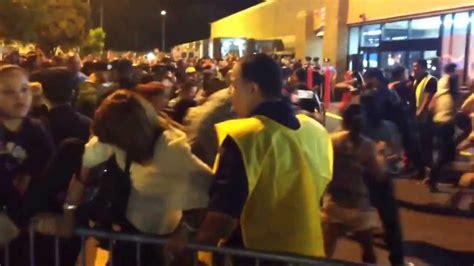 Black Friday 29 11 2013 en Walmart   Puerto Rico   YouTube