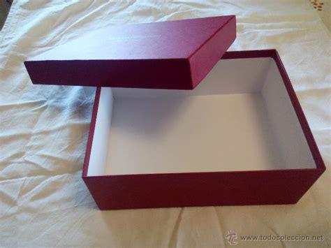 bonita caja de cartón duro salvatore ferragamo   Comprar ...