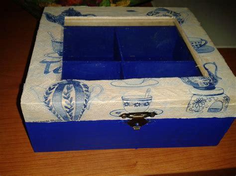 bonita caja para infusiones en tonos azules y tapa ...