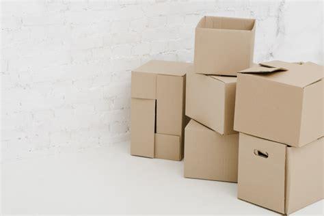 Bonitas cajas de cartón | Foto Gratis